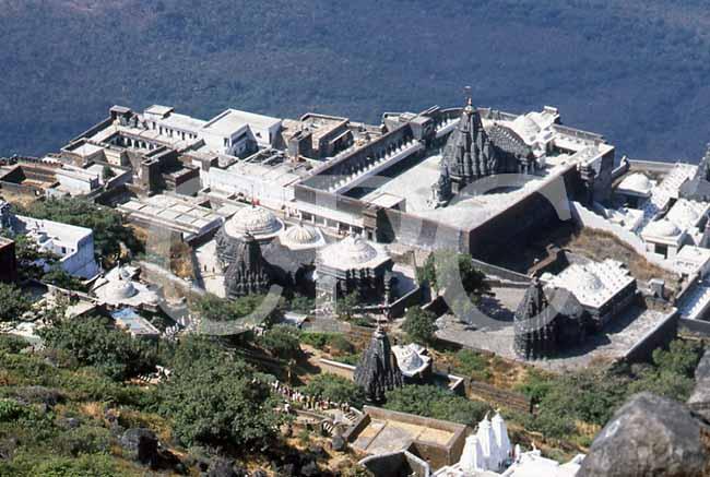 インド・のギルナール山の写真な...